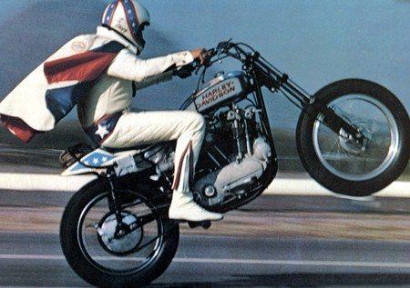 La célèbre moto XR750 de Harley-Davidson fête 50 ans d'existence!